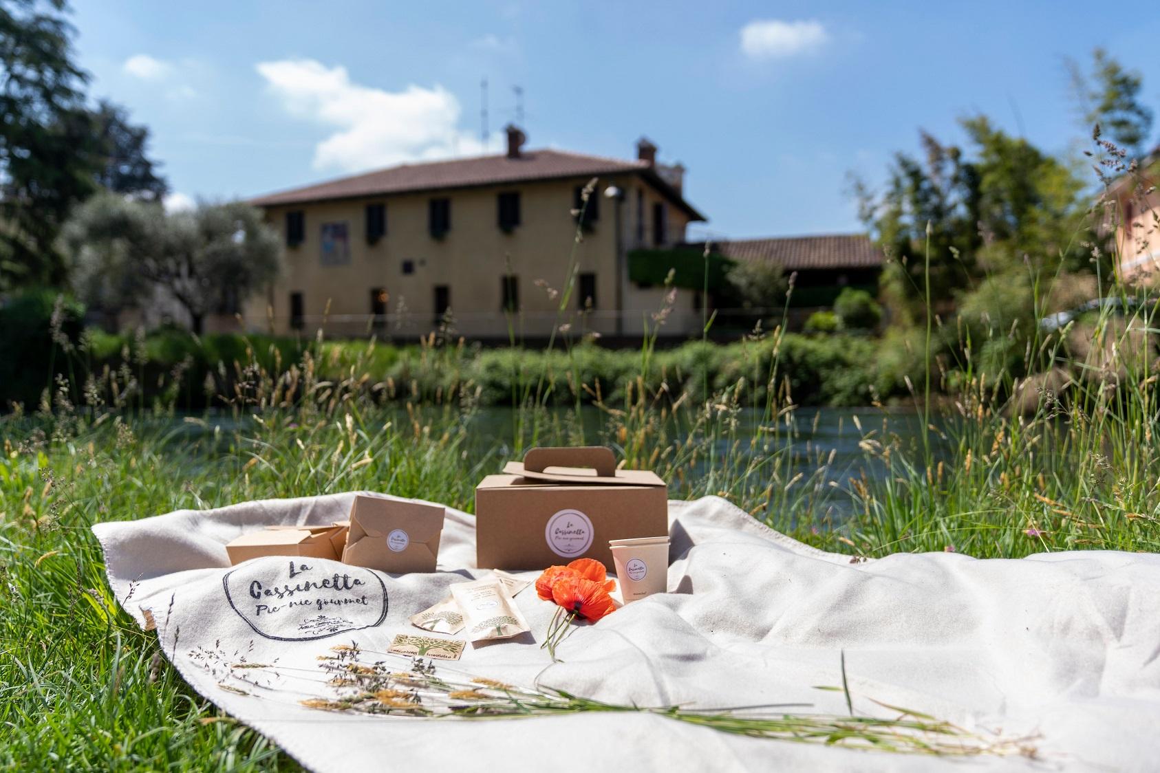 Antica Osteria del Ponte a Cassinetta di Lugagnano: al via il pic nic gourmet tra paesaggio e cucina d'autore