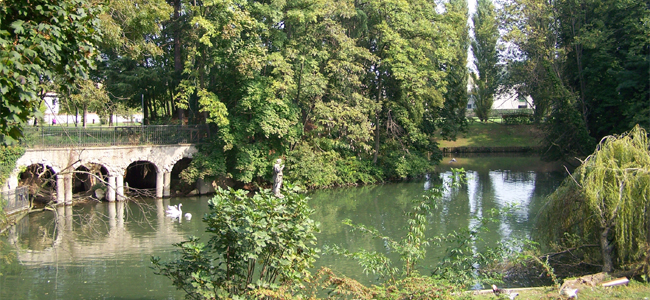 Corbetta: la villa Frisiani Olivares Ferrario e il suo splendido parco
